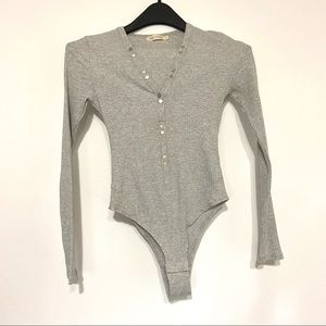 Makers Of Dreams Gray Ribbed Bodysuit Small